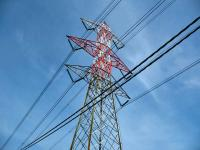 Foto di un pilone dell'alta tensione