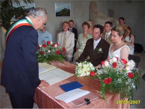 Matrimonio In Comune : Comune di palma montechiaro celebrato ll matrimonio