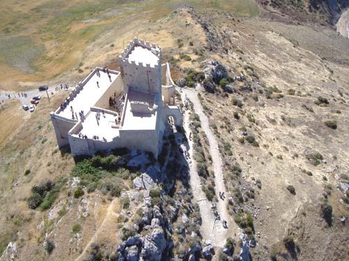 Foto dall'alto del Castello ripresa da un ultraleggero
